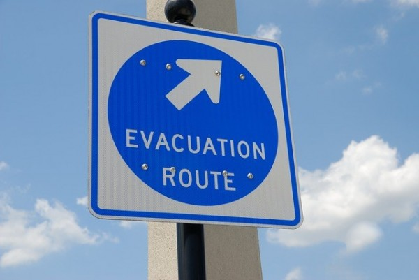 Evacuation sign 1738375 640